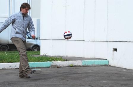 Одно касание, игры с мячом